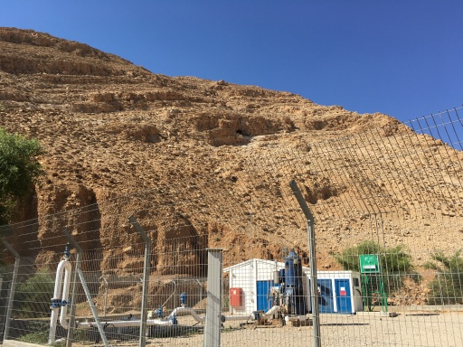 Israeli well dug deep enough to dry up aqueducts